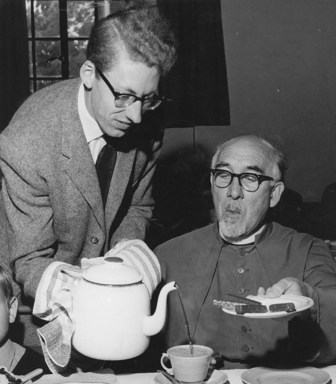 Serving Clifford 1966